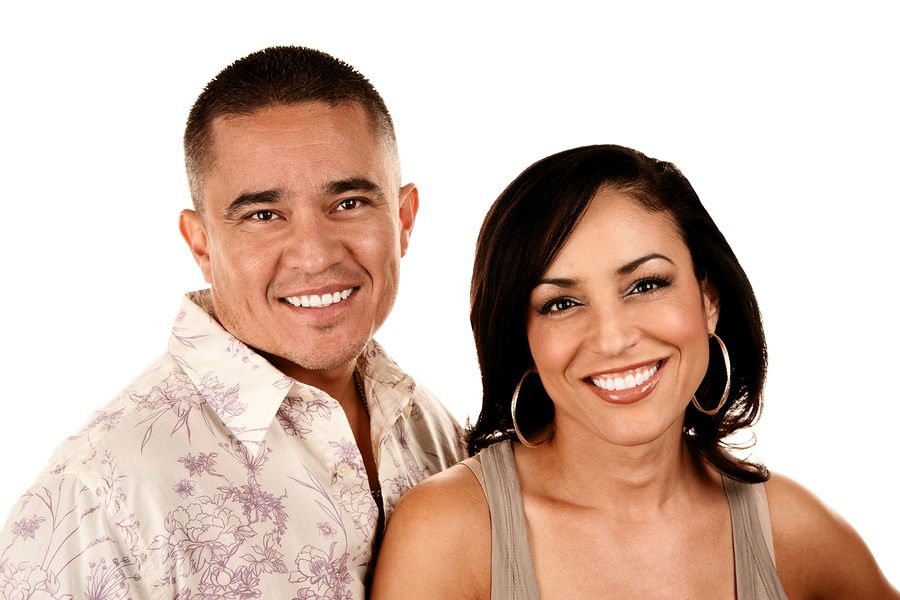 Picture of couple with good cosmetic dentistry work