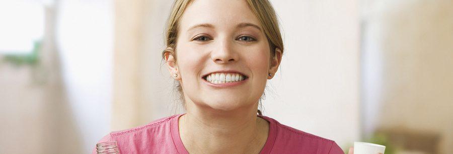 A fresh new smile courtesy of Dr. Medina